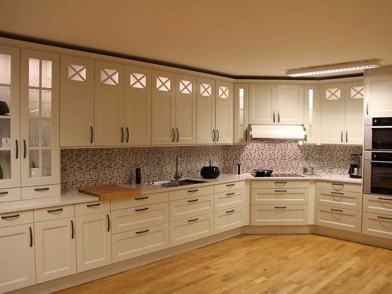 kakel kok vita luckor interi rinspiration och id er f r hemdesign. Black Bedroom Furniture Sets. Home Design Ideas